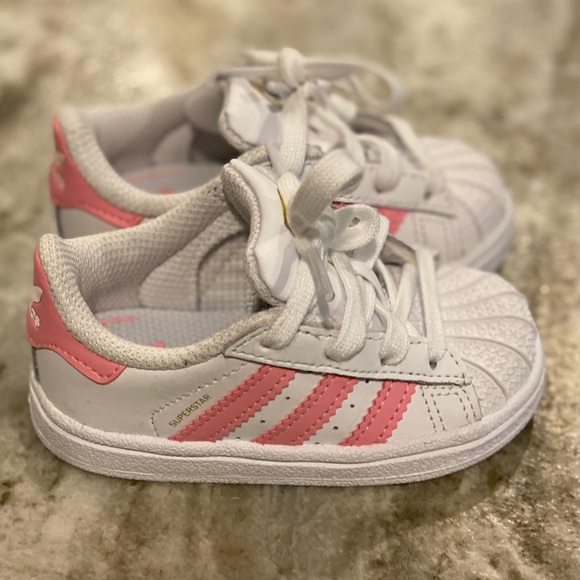 Size 5 Baby Pink Shell Toes | Poshmark